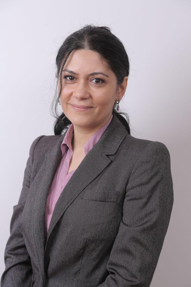 Andrada Raluca Ecsedi