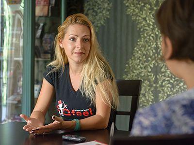 Actrița care poate da GLAS avocaților - Doina Ionescu Posea, Școala de teatru Qfeel: `Trimiteți-i la mine! Fac oratori din ei! Vor învăța să se impună, să se facă remarcați`