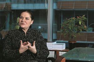 Avocat Ana Diculescu-Sova: Dupa-amiaza mea ideala? Ar fi cu Platon. Dar si ascultandu-l pe Petre Tutea