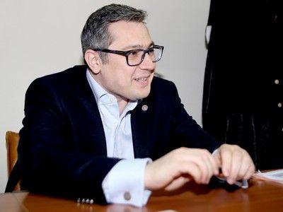 Traian Briciu, directorul I.N.P.P.A. (II): `Avocatului român îi lipsește încrederea în rolul lui ca profesie și ca individ. Sunt foarte mulți avocați care consideră că rolul lor într-o procedură judiciară nu este determinant`