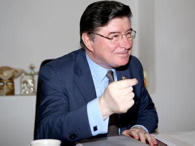 EXCLUSIV - Artizanul revizuirii Constituției, senatorul Ioan Chelaru: `Textul referitor la apărarea în proces a suferit îmbunătățiri. Au fost multe discuții privind egalitatea apărare - acuzare`