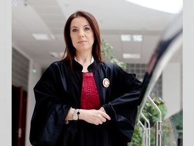EXCLUSIV - Laura Andrei, Președintele Tribunalului București: `În sălile de şedinţă, nu am avut probleme cu avocaţii. Când am sesizat ceva dificil în relaţia cu un anume avocat, Baroul a intervenit imediat`