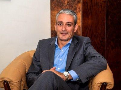 ANATOMIA UNUI CEO. Sotiris Chatzidakis, Executive Vice-President al CEO Clubs International în România: `Nu se reduce totul la maşina frumoasă şi la petreceri. Sunt multe nopţi când nu poţi dormi, fiindcă trebuie să iei o decizie`
