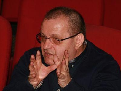 Regizorul Victor Ioan Frunză: Avocaţii trebuie să aibă un talent actoricesc, în sensul bun al cuvântului, ca să-şi poată pleda cauza